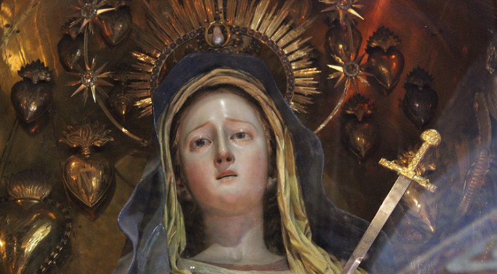 Statue depicting Our Lady of Sorrows