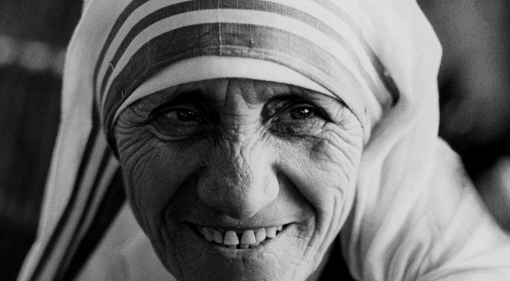 Pope Francis has approved a miracle attributed to the intercession of Blessed Teresa of Kolkata, paving the way for her canonization in 2016. Mother Teresa is pictured in a 1979 photo. (CNS photo/KNA)